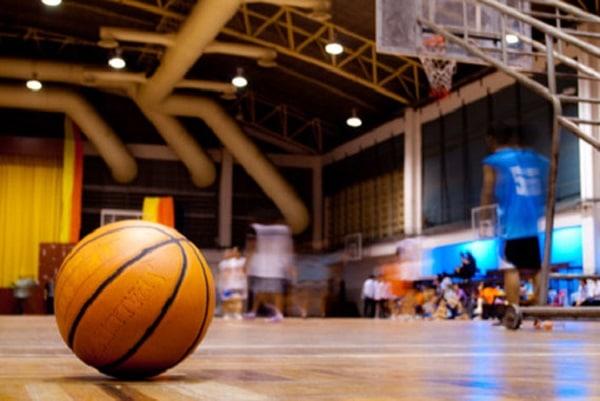 Na zdjęciu zapowiedź meczu koszykarkiego ligi SBL